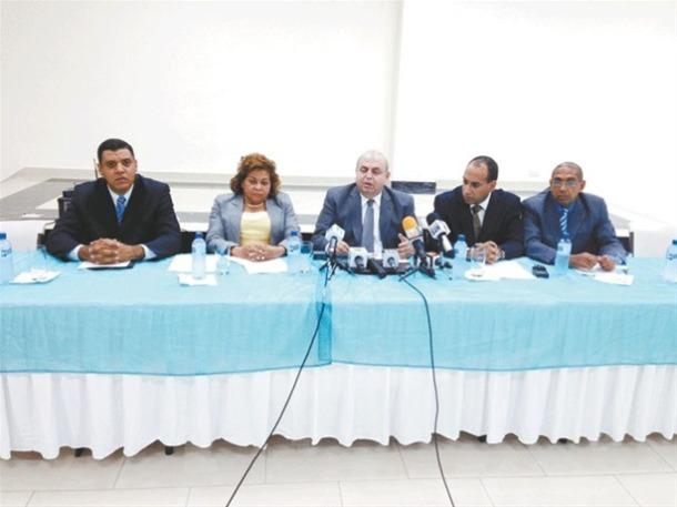 El pastor Rafael Montalvo y otros líderes evangélicos hablaron en una rueda de prensa