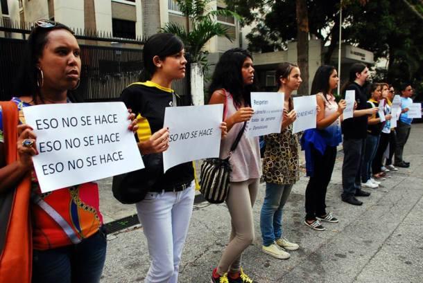 11 ciudades en América y Europa, 9 embajadas y 5 organismos multilaterales en Santo Domingo fueron espacio para que cientos de activistas se unieran en una sola causa: decirle al mundo que #EsoNoSeHaceRD