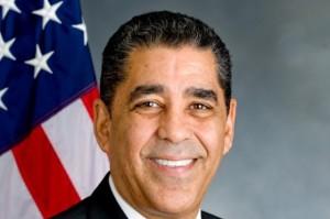 Senador estatal por Nueva York, Adriano Espaillat.